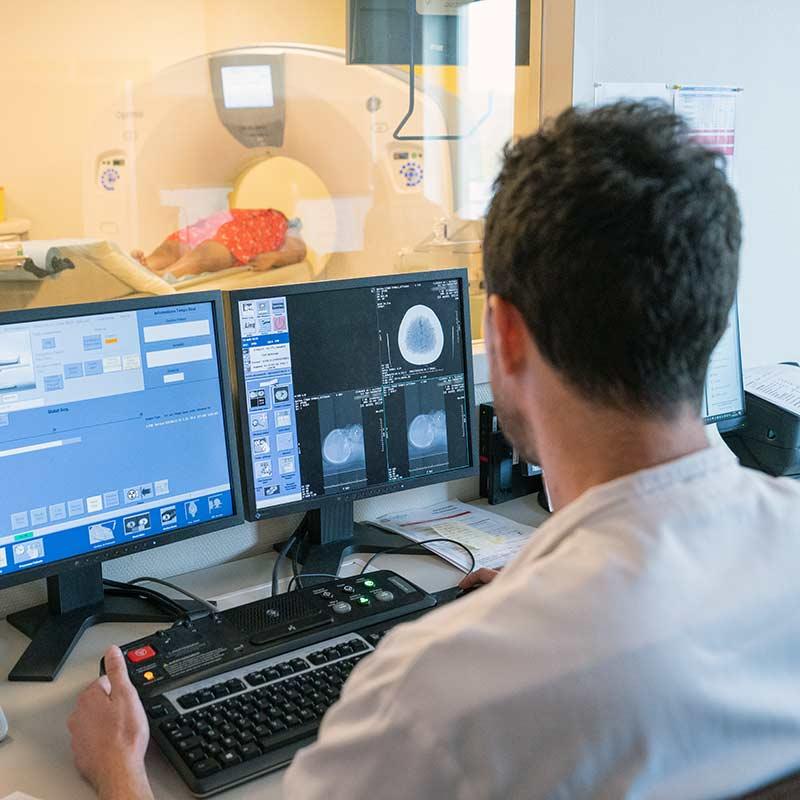 Radiologie Scanner IRM échographie Tours région centre